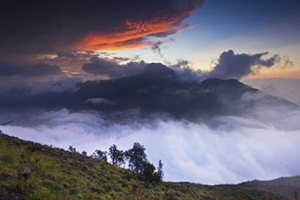 Rinjani Trekking 5 Days 4 Night
